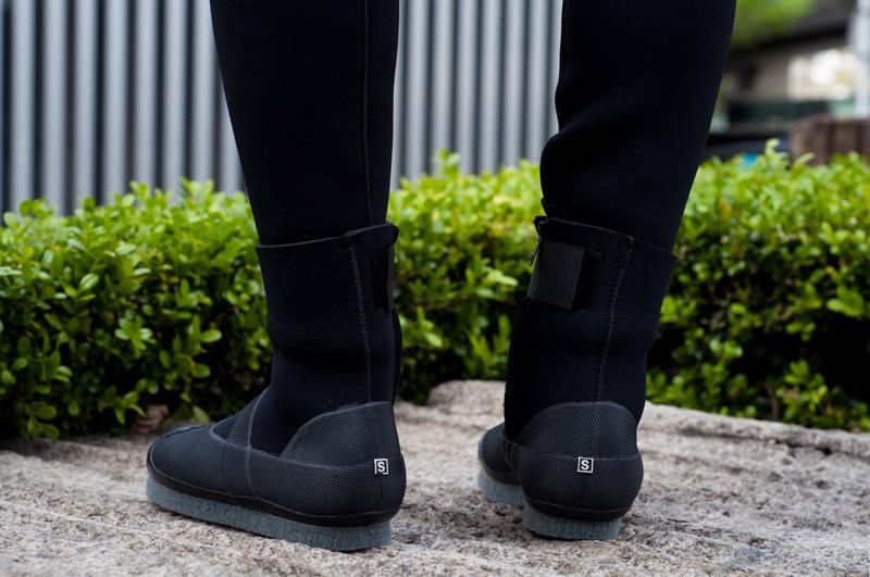 沢足袋の決定版、カモシカ渓流保温タビ。